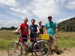Jasmine,Robert & Lars: good samaritans